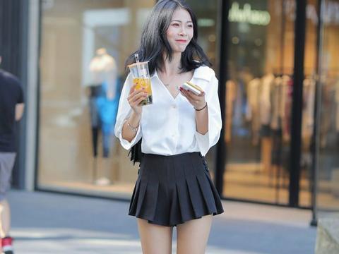 JK裙的甜美,连衣裙的轻盈优雅,紧身裤显身材