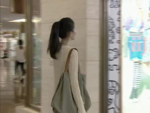 周小北陪韩文静逛街,俩人全程无沟通,结果售货员以为是残疾人
