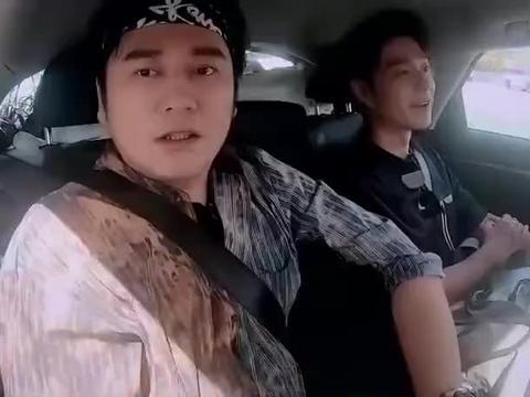 王一博实开车单手转方向盘帅啊,我想坐副驾!