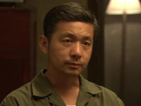 影视:德贵询问志平,为啥天天早出晚归,还满身油烟味