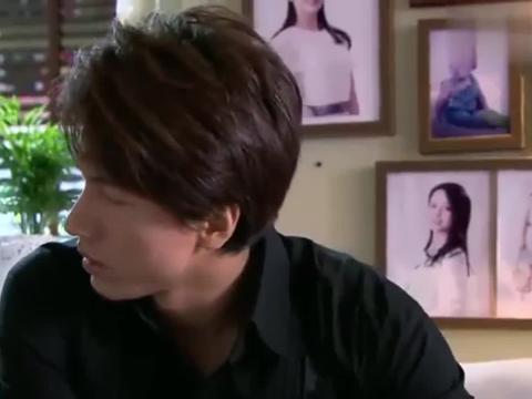 大总裁发现亲生儿子的嘴巴和笑容,更像是吴桐!