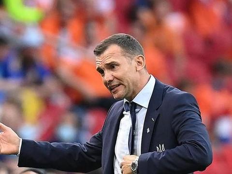 穆帅称乌克兰队输球因为主教练以前踢前锋,赢球是塔索蒂的功劳