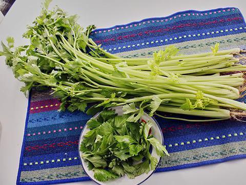 择芹菜的时候,不要芹菜叶,是什么原因?是芹菜叶没有食用价值?