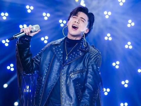 靠一首歌混饭吃的歌手:蔡国庆、沙宝亮上榜,而他唱完儿子接着唱