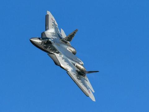 世界一流五代机苏-57到底有多强?其实力丝毫不逊于F-22!