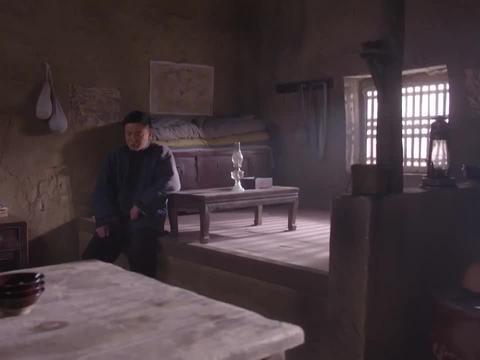 我的父亲我的兵:杨严故意杀了自己的兄弟,竟还在老田面前演戏
