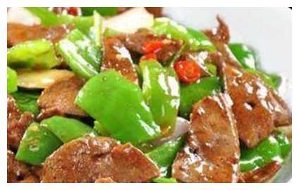 美食推荐:豆花土牛肉、剁椒梅鲚鱼干、土豆片炒鸡胗、小炒猪肝