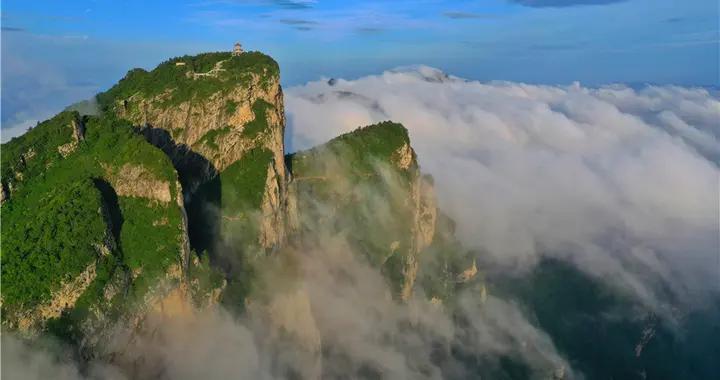 端午假日 河南老界岭景区连续出现壮观云海