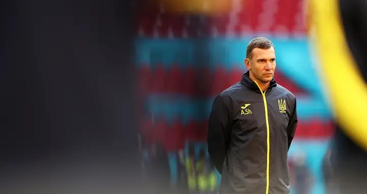 特写|5年重塑乌克兰足球,教练席上的舍甫琴科帅气威严