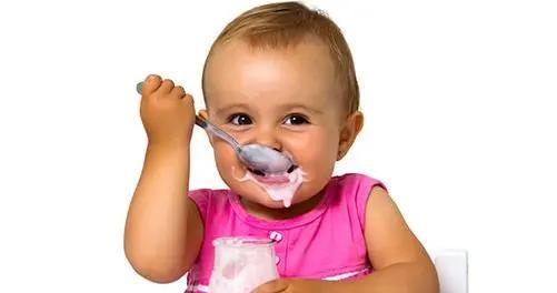 宝宝几岁才适合喝酸奶?喝酸奶的最佳年龄,很多宝妈都错过了