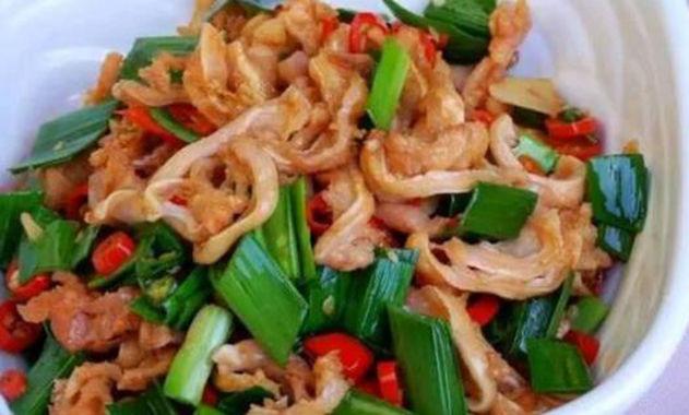美食推荐:酥肉炖冬瓜,小炒脆骨,红烧鸡爪,蒜苔炒肉的做法