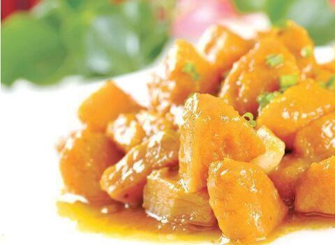 美食分享:葱油爽脆南瓜、清蒸金鲳鱼、猪皮冻