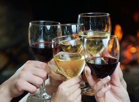 四五十岁后每天喝点酒,可以预防心脑血管病吗?医生告诉你答案