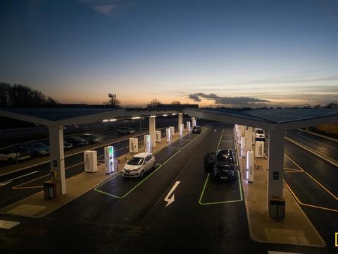 电动汽车充电能像加油一样快吗?