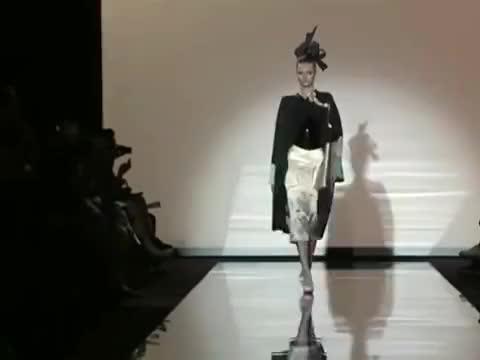 Giorgio Armani Privé2011秋冬高级定制秀场高定的美