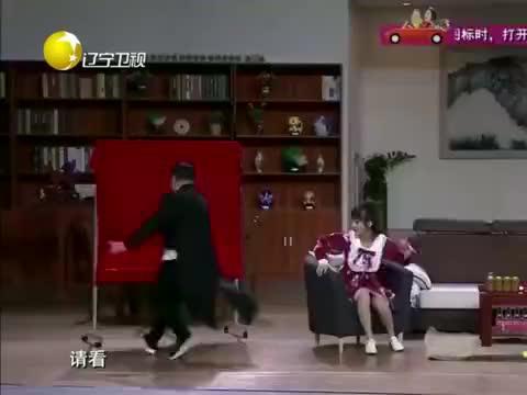 欢乐小品:王小欠开公司变身王总,小米粒儿心甘情愿要当秘书