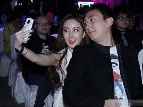 王思聪曾讽刺汪小菲30多岁整天整些没用的,现在被笑38岁太幼稚