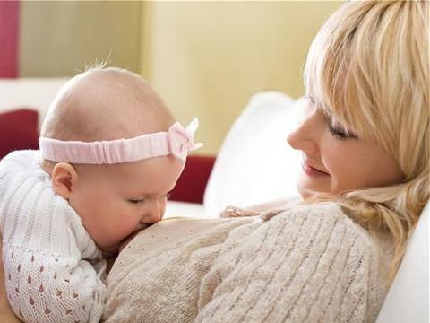 孩子早上醒来,先喝奶还是先吃辅食,宝妈分清顺序,正确喂养