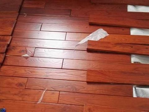 想把木地板与水泥地面贴合,常规安装方法要了解,再注意2个问题