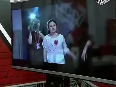 中国好声音:沈阳的小姐姐都这么会唱吗?唱得那英都快哭了!
