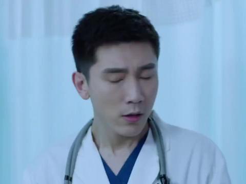影视:小护士被家属打,认为不该救这老太太,江主任不认同
