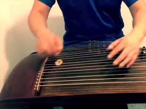 吕颂贤版《笑傲江湖》主题曲,一个人的二重奏,听着可真有感觉