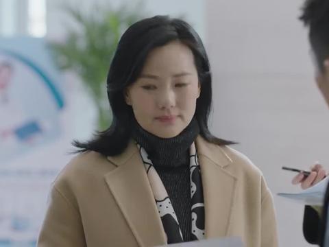 小欢喜:潘老师医院偶遇刘静,刘静急忙解释自己是来开感冒药的