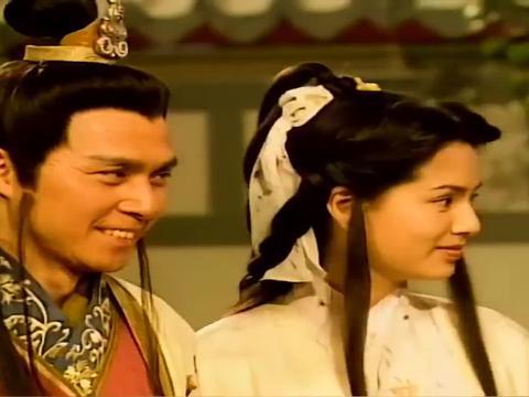 吐蕃王子自不量力,敢对慕容复出手,直接给他脸上盖了个戳