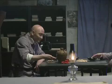 王文渊询问任务内容,洪团长说出生化武器的事