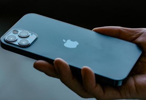 苹果不顾警告,与比亚迪、宁德时代洽谈合作,外媒:根本绕不开!