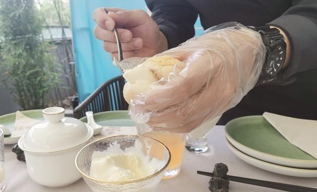 青岛市中心早茶好去处,鲜炖鸡汤一口销魂,闺蜜聚会必打卡