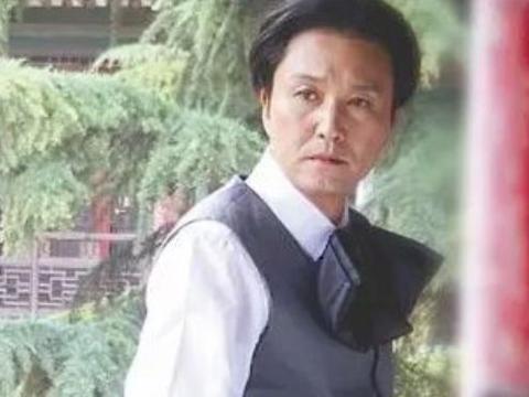 画家徐悲鸿,他的感情经历是什么样的呢?