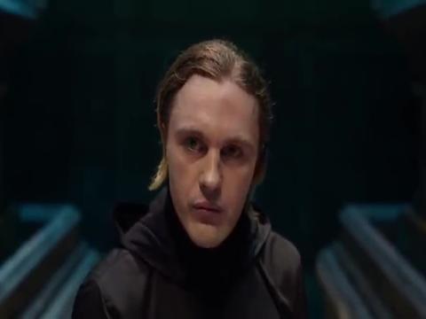 唐人街探案2:王宝强关注点,太奇葩,竟说凶手炼丹炉摆错了