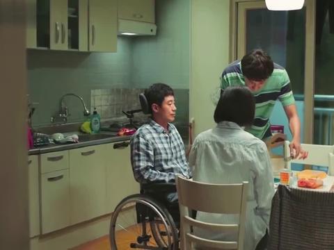 《我的一级兄弟》李光洙吃泡面这段,我看了10次,演技没得说!