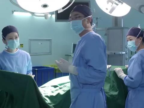 产科医生:曲院长主刀抢救,全程往那一站,念药名就能救活病人