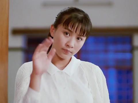 发哥权威被质疑!叱咤风云的江湖大哥,小护士竟不让他抽雪茄!