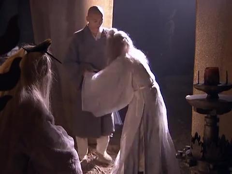 天龙八部:苏星河满头白发,见到虚竹却连连跪拜,身份太高了!