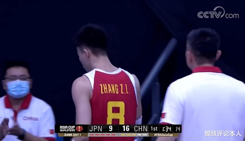 中国男篮一波流打懵日本,单节10人轮换,杜锋胜券在握