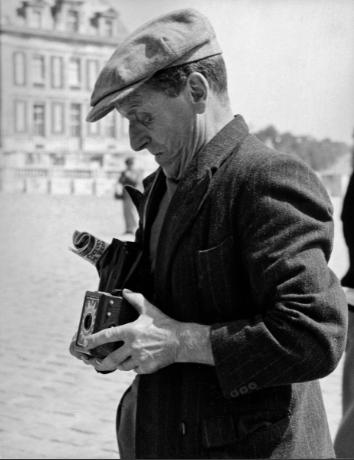 老照片 50年代的法国巴黎 悠闲自在的巴黎人