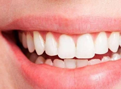 牙龈退缩可进行牙周外科手术,富血小板纤维蛋白在治疗中应用广泛