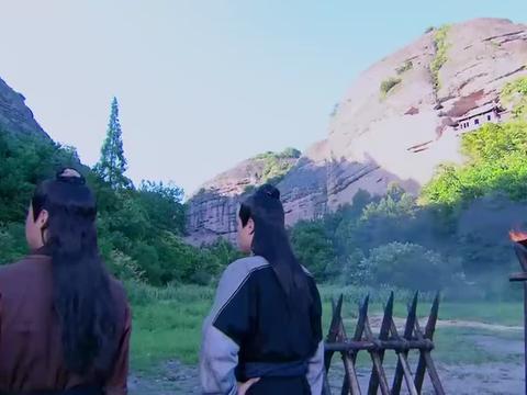 古剑奇谭:为了混进山寨,少恭让方兰生男扮女装,别说还挺好看的