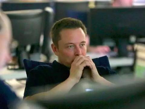 为什么会有人认为SpaceX近几年发展很厉害,可以与我们相比较呢
