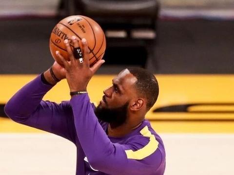 惨遭打脸,詹姆斯抨击本赛季赛制,NBA迅速做出回应