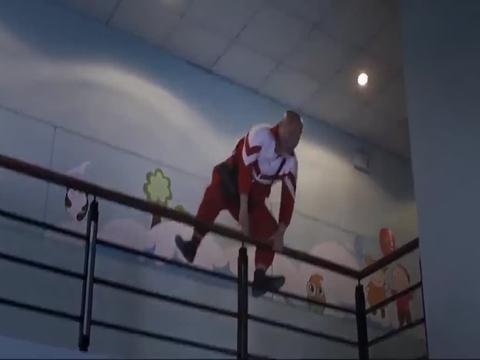 天气预爆:寿星佬展示自己的法力,在二楼起飞,结果摔个大马哈!