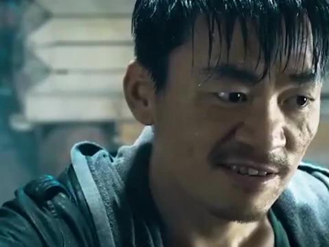 王宝强用粗盐擦脸练武功,大功告成后,拿美工刀打败龙虎山张天师