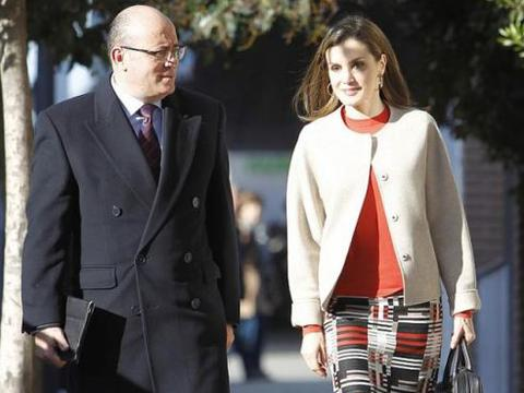 盘点世界各皇室王妃穿搭,凯特最有气质,西班牙王妃则很接地气