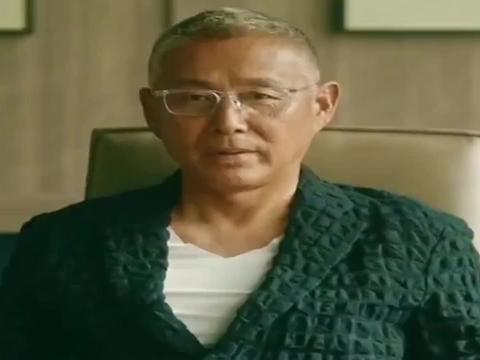 流金岁月:辞职也这么霸气!叶瑾言引咎辞职,黛西决定留在精言