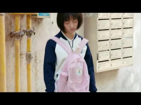 小美好:江辰等小希一起上学,小希一笑世界都融化了,好甜好暖!