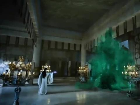 天帝为夺心上人竟练禁术,堂堂一白龙,瞬间就绿了!
