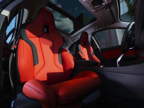 热门低价豪华车推荐,20万预算的小资之选,品质、性能都不俗